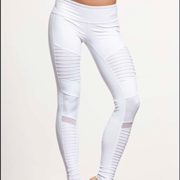 93cfc559d88e1 ALO Yoga Pants | White Moto Leggings New Xs | Poshmark